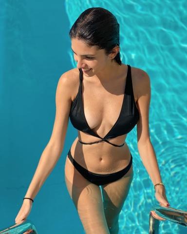 bikini photo