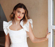 Millie Bobby Brown: Με αυτά τα 4 outfits δίνει μαθήματα στυλ